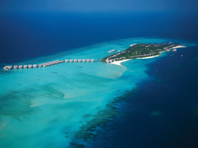 http://Four%20Seasons,%20Laanda%20Giravaruu,%20Maldives